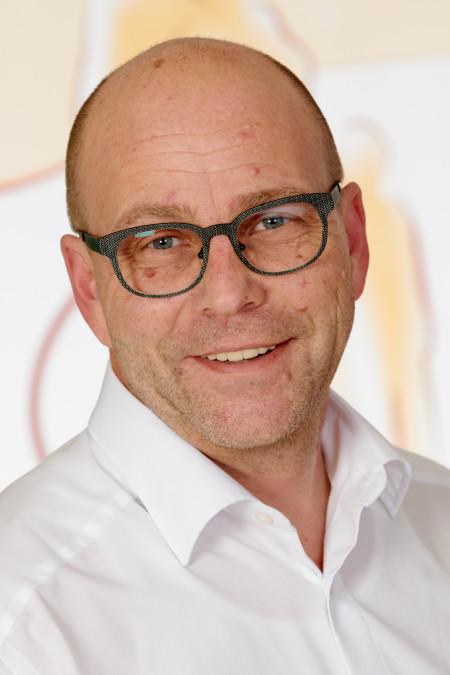 Guido Leinders, Pflegedienstleitung